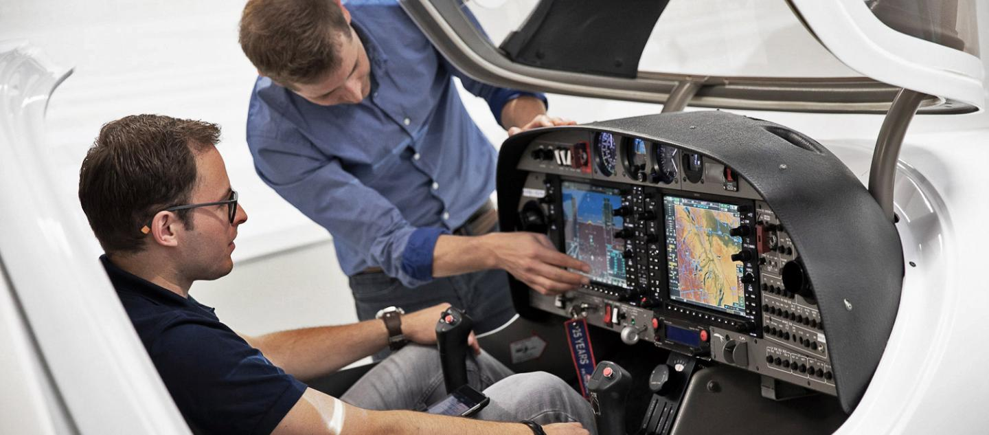 Flight Simulator Instruction