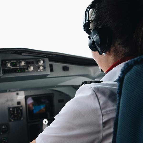 Airline Pilotin Horizon Swiss Flight Academy